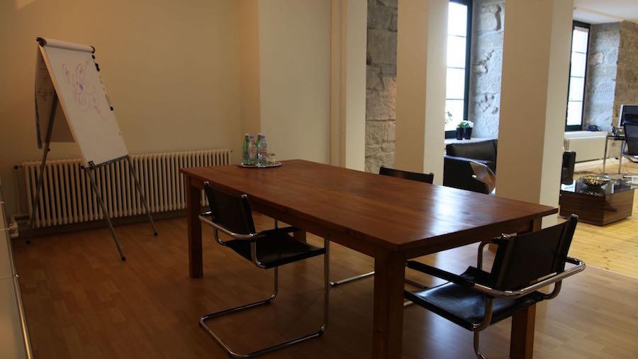 Shared-coworking-office-Haldenstrasse-Baar-Zug-Switzerland-4