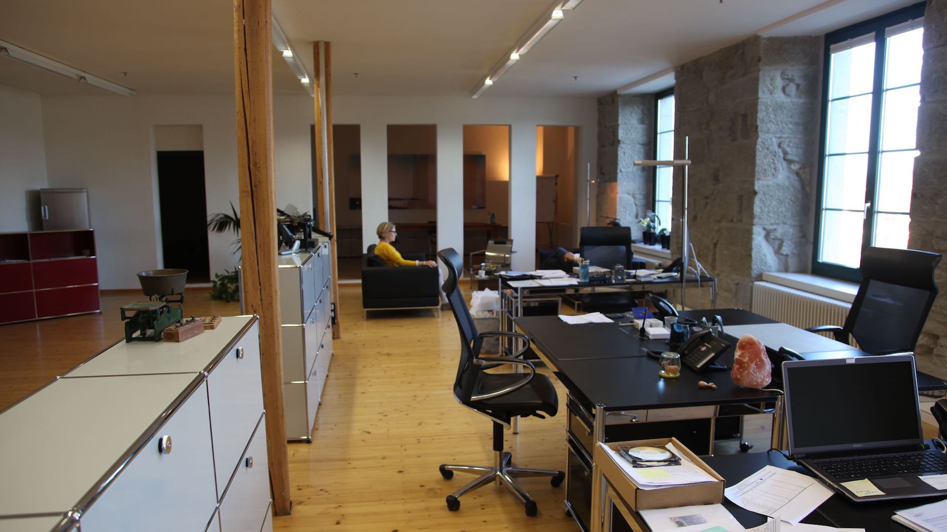 Shared-coworking-office-Haldenstrasse-Baar-Zug-Switzerland-5